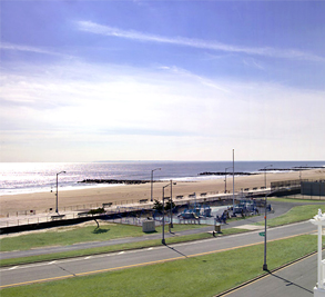 Arverne by the Sea Image