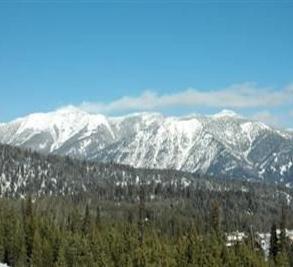 Spanish Peaks Image 3